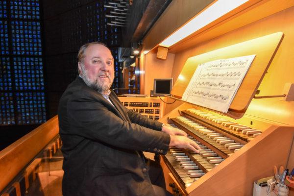 Helmut Hoeft an der Orgel, Albert Schweitzer, 142. Geburtstag am 14.1.2017